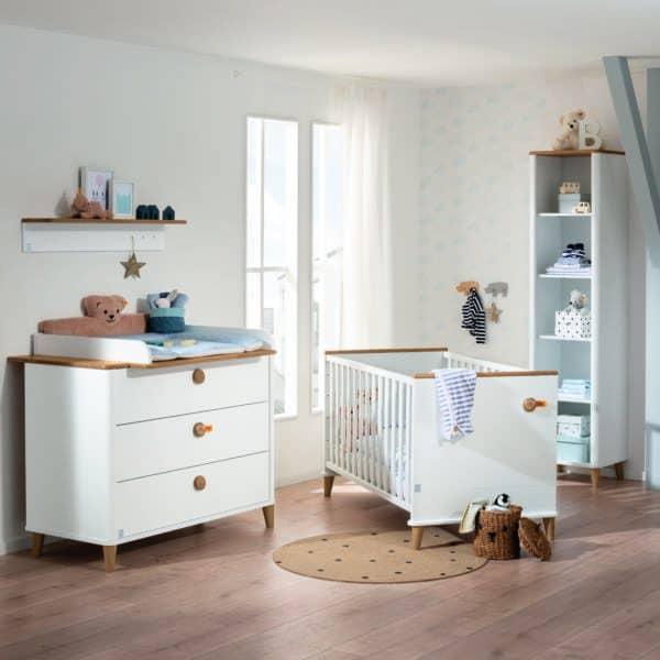 Lotte & Fynn cot bed